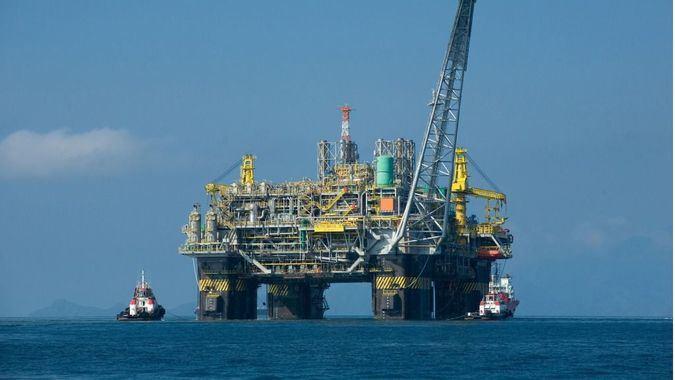 Al caer la demanda y el precio del petróleo ha bajado la producción / Foto: WC