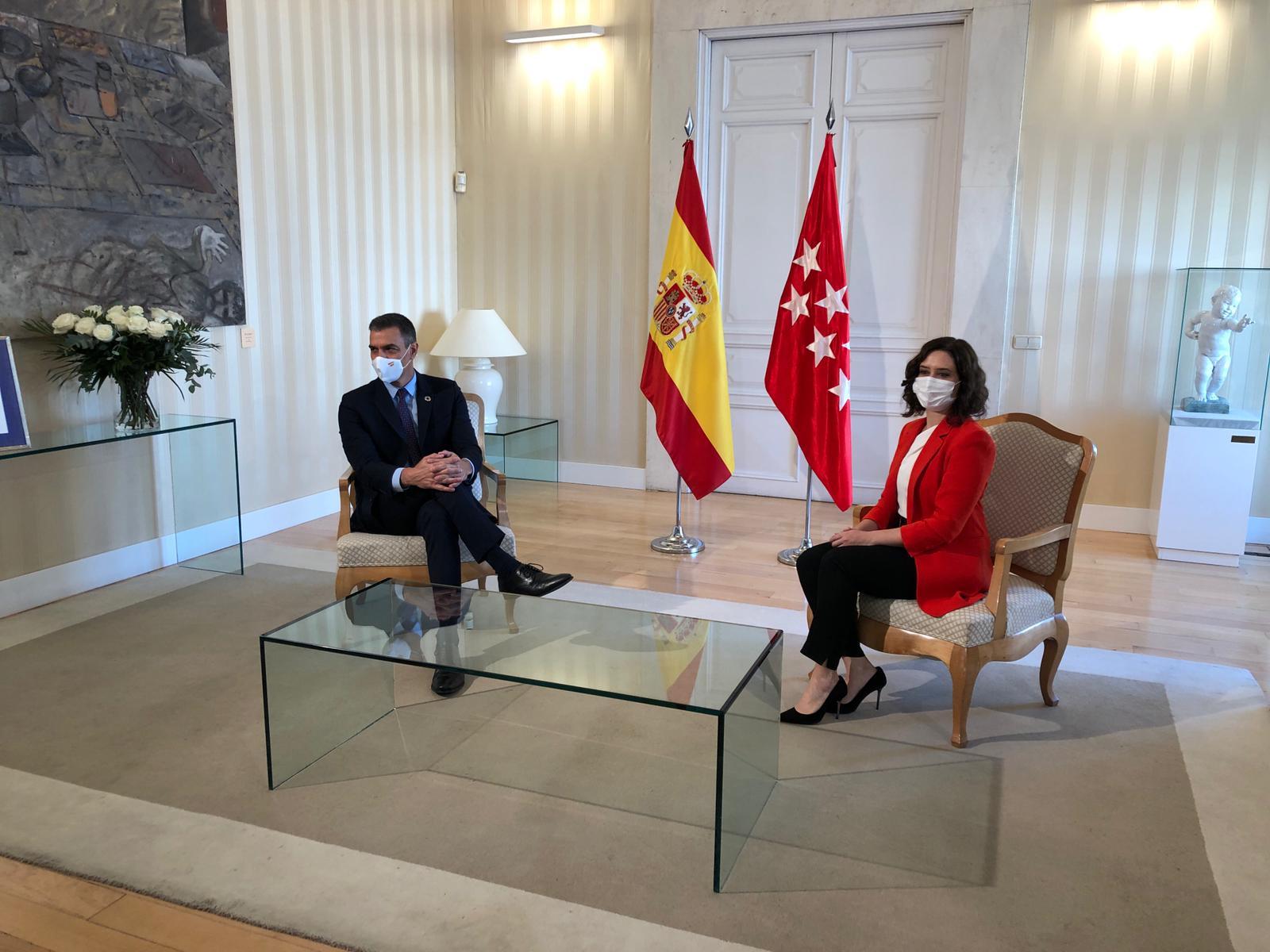 La reunión entre Sánchez y Díaz Ayuso parece anunciar alguna forma de tregua / Foto: Moncloa