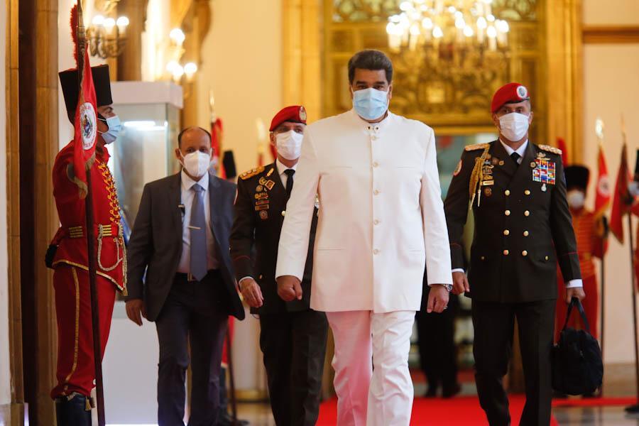 La Ley Antibloqueo va porque Maduro tiene el poder armado para imponerla / Foto: PrensaVE