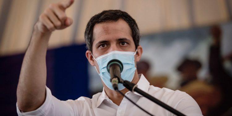 Las disputas entre Primero Justicia y Voluntad Popular le hacen daño a Guaidó / Foto: CCN