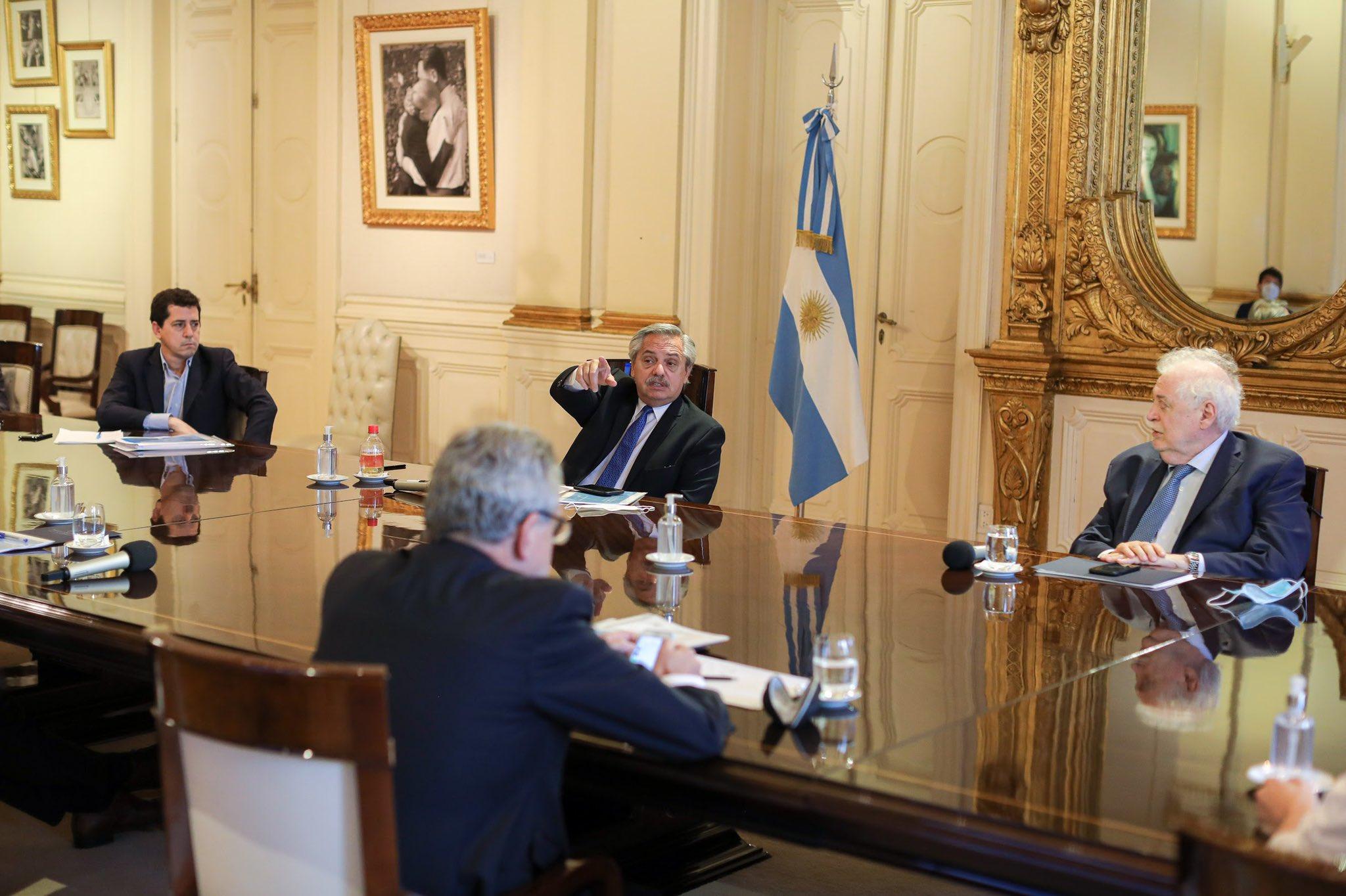 Fernández usa las tácticas típicas del peronismo para torear la crisis económica / Foto: @alferdez