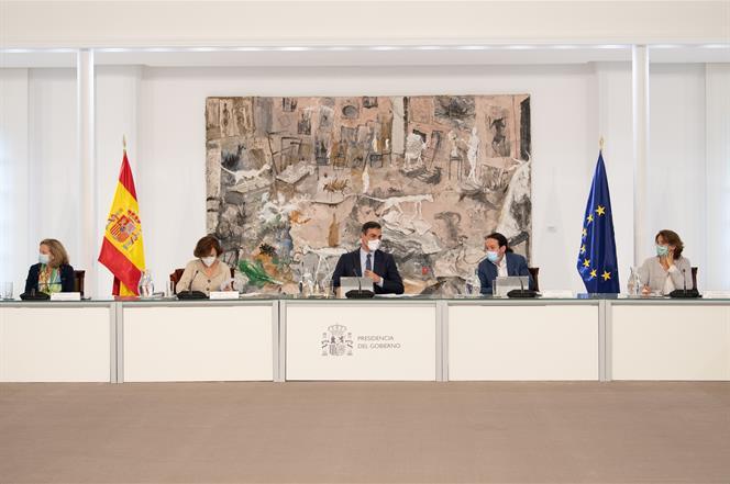 El gobierno de Pedro Sánchez ha superado la primera etapa / Foto: Moncloa