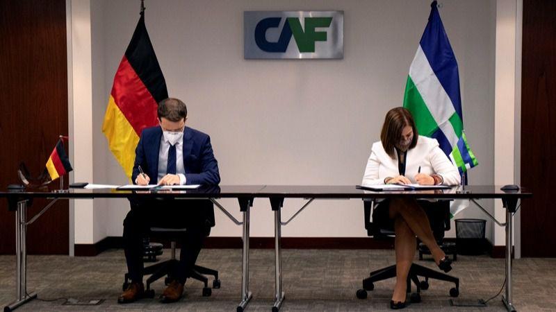 Alemania está dispuesto a prestar 180 millones extra si los planes salen bien / Foto: CAF