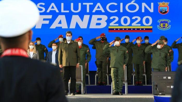 Parece que los militares siguen del lado de Maduro / Foto: FANB