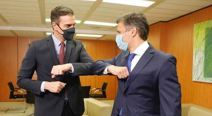 Pedro Sánchez recibió a Leopoldo López en la sede del PSOE / Foto: CCN