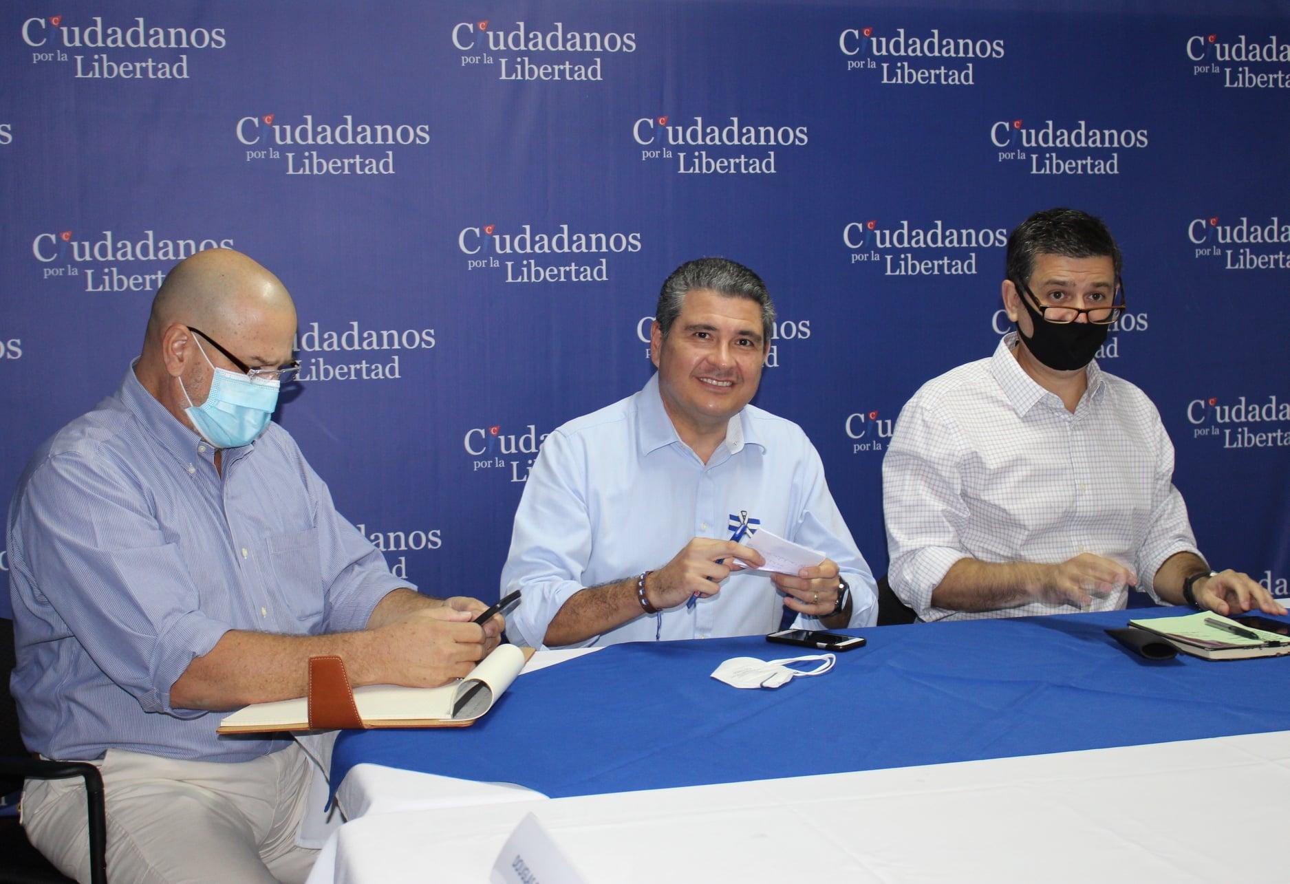 Juan Sebastián Chamorro es uno de los cuatro precandidatos opositores / Foto: Alianza Cívica