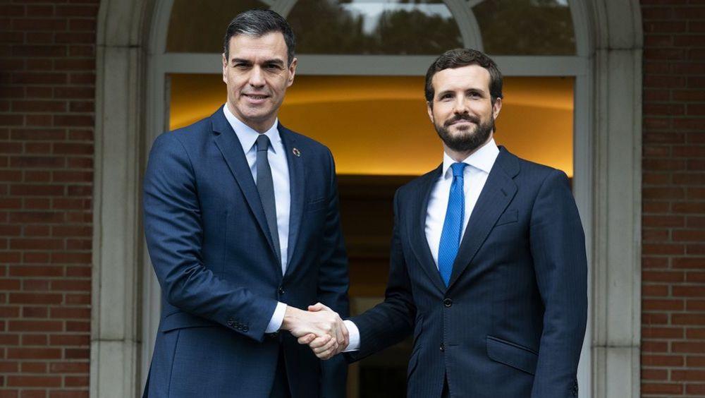 Pedro Sánchez consigue superar el bloqueo y Pablo Casado se mueve hacia el centro / Foto: PP