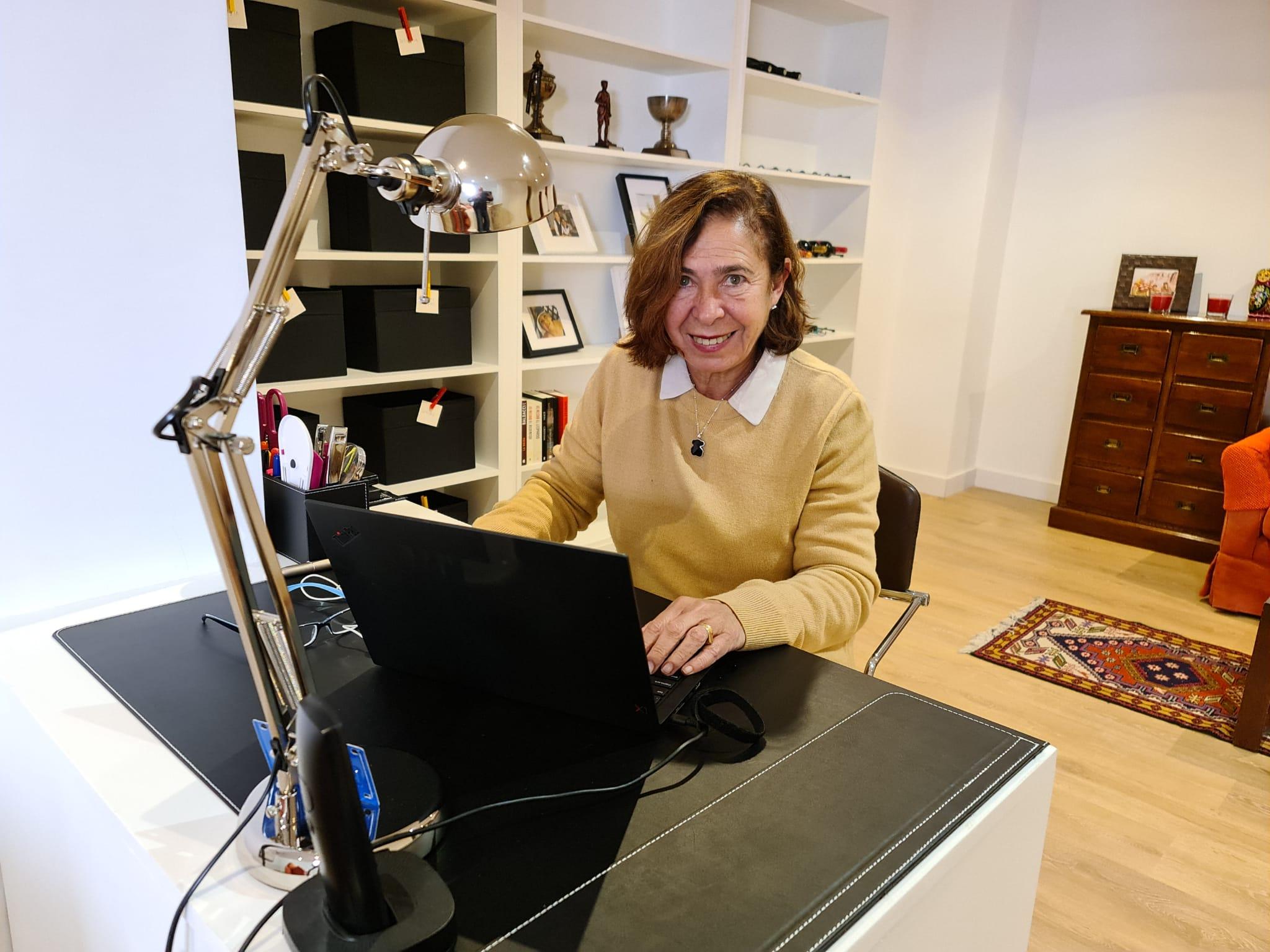 Laura Yuma teletrabaja desde Alcobendas, en Madrid / Foto: Cortesía