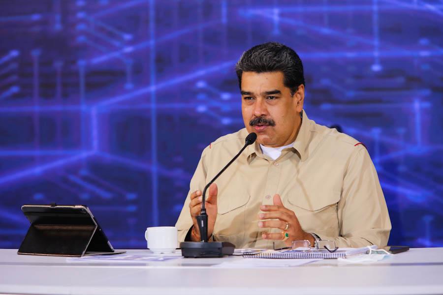Maduro decidió castigar las importaciones con más aranceles / Foto: PrensaVE