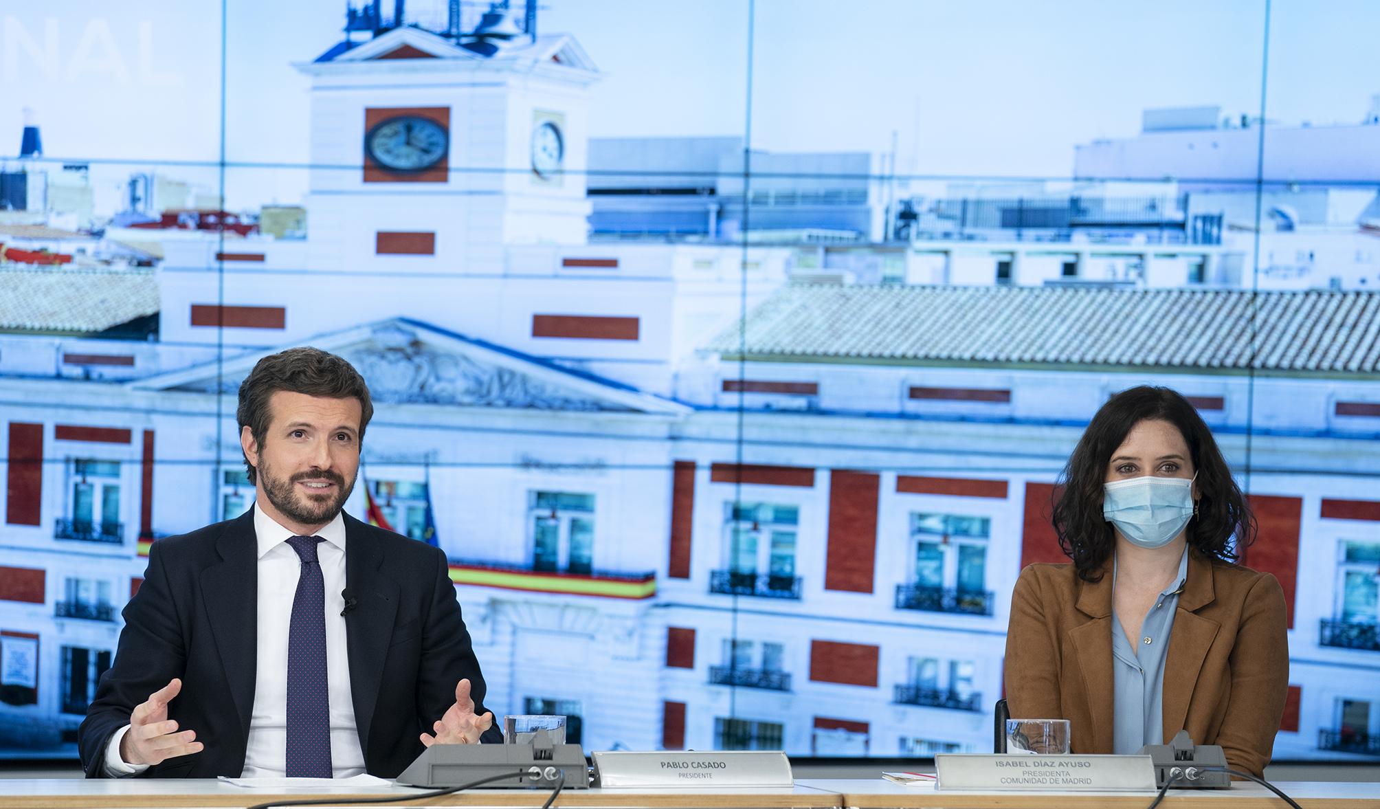 Díaz Ayuso complica la estrategia de Pablo Casado de moverse hacia el centro / Foto: PP