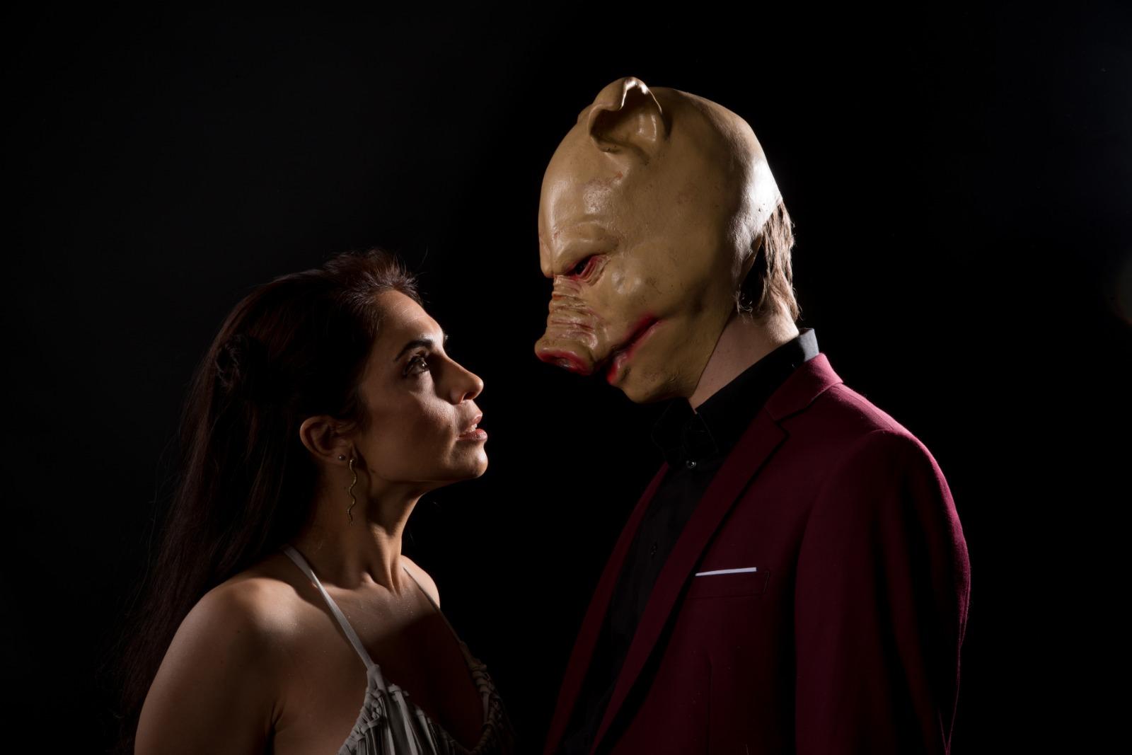 Carolina Touceda interpreta la obra Experiencia Mosuo / Foto: Aúpa Teatro
