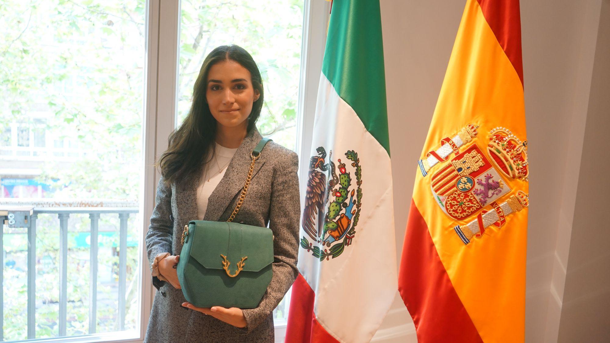 La mexicana Andrea Núñez lanza una firma de bolsos veganos de lujo / Foto: Cortesía