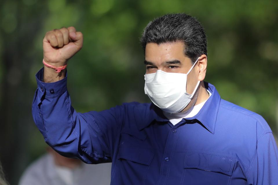 Maduro aseverá que llevó a Guaidó por el sendero del diálogo político.