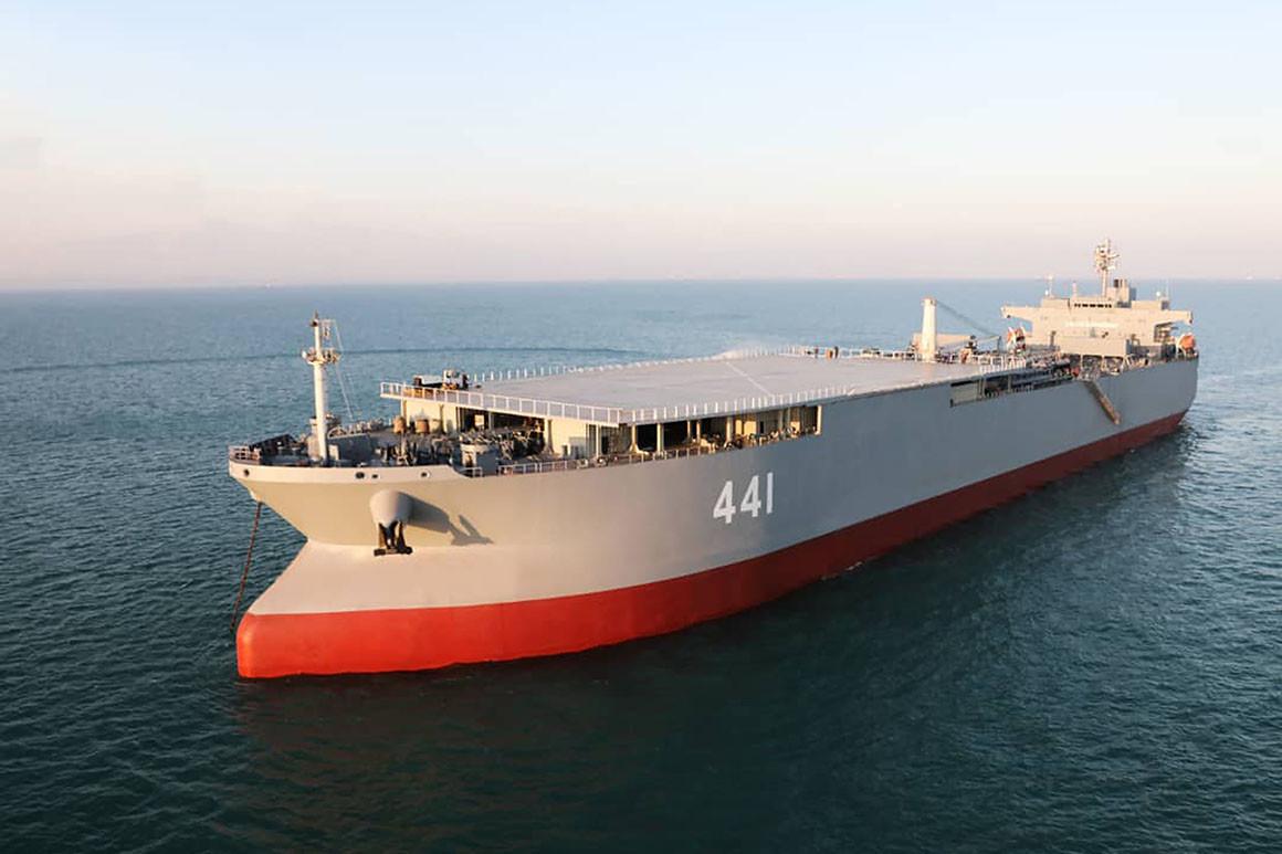 El Makran, la base militar flotante iraní que podría estar camino a Venezuela.