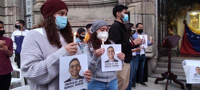Hace una semana, decenas de personas pidieron la libertad de Erickvaldo Márquez durante una misa por los considerados presos políticos celebrada en el estado venezolano de Mérida.