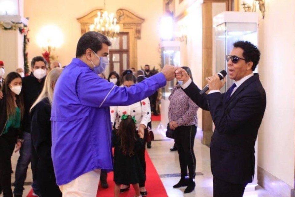 Cepeda causó polémica en Venezuela por haber dicho que recibió 60.000 dólares por cantarle a Nicolás Maduro.