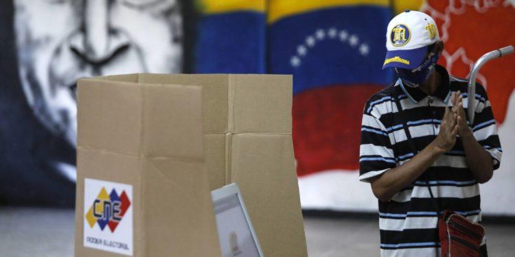 La oposición de Venezuela no define una postura única sobre las elecciones regionales de noviembre próximo.
