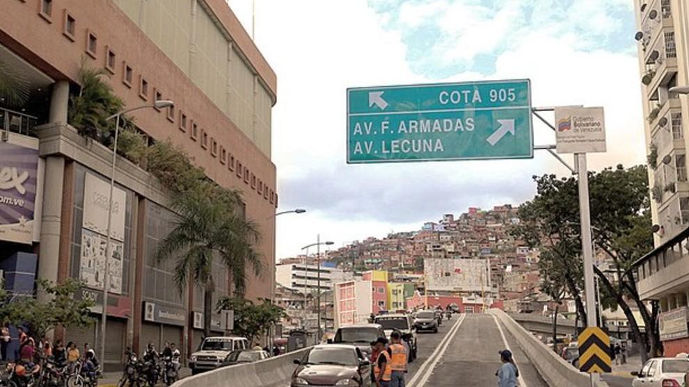 En la Cota 905 el poder del Estado venezolano parece difuminarse.