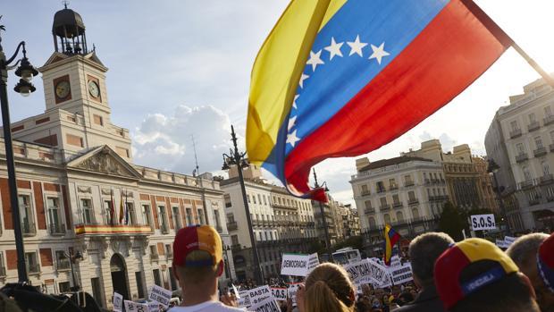 España sigue siendo uno de los destinos favoritos de los venezolanos que dejan su país.