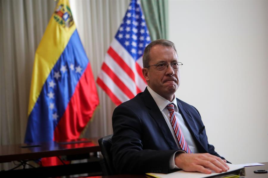 El representante diplomático de EE.UU. para Venezuela, James Story.