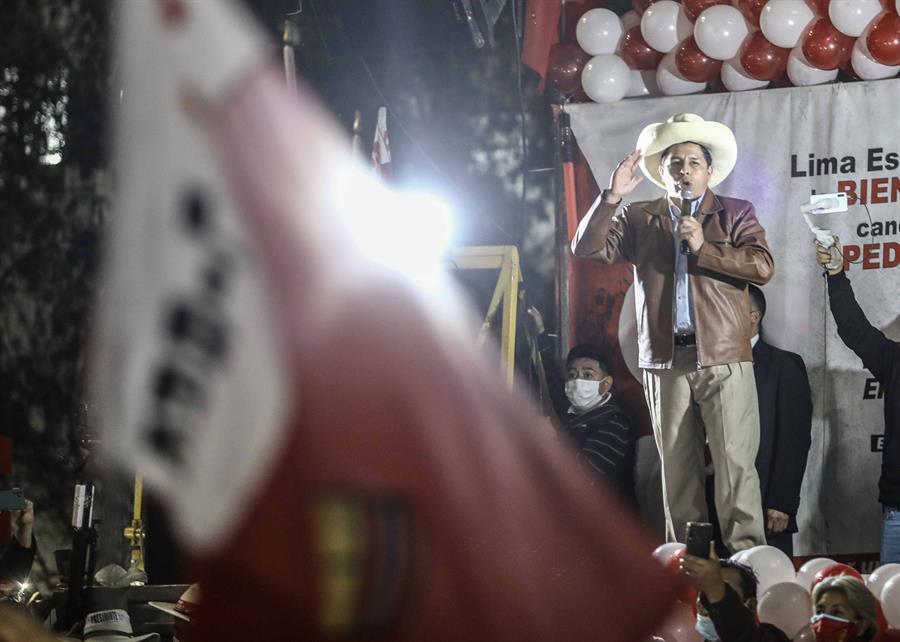 Pedro Castillo durante una manifestación en su apoyo a finales de junio.